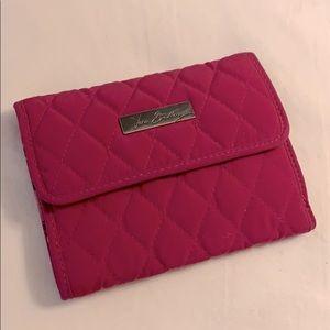 🆕🌷Pink Quilted Vera Bradley Wallet